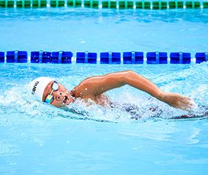 Entrainement de natation pour jeunes et ados